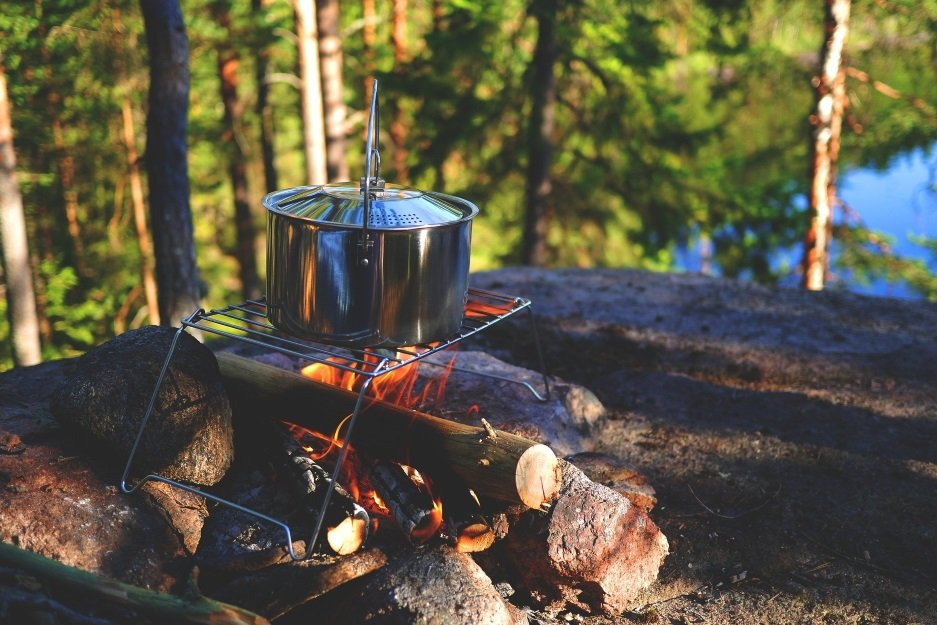 10 easy (and delish!) camping food recipes